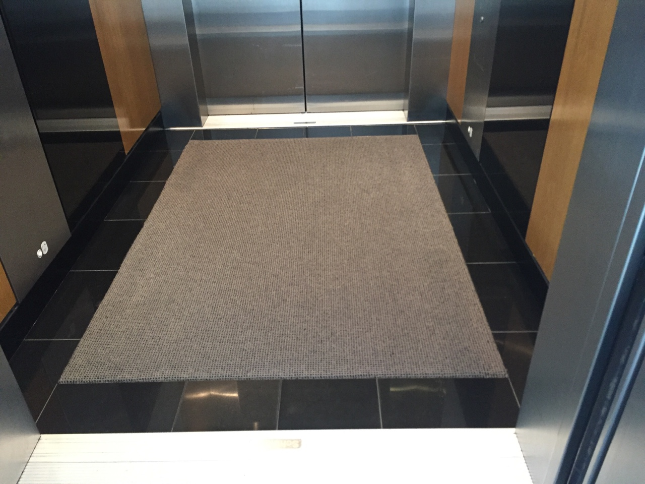Gallery Gym Amp Elevator Heavy Duty Wool Carpet